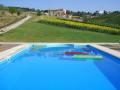 piscina-agriturismo-marche